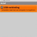 Stap 2 : Sluit de telefoon via USB aan op uw computer, en koppel de SD-kaart.
